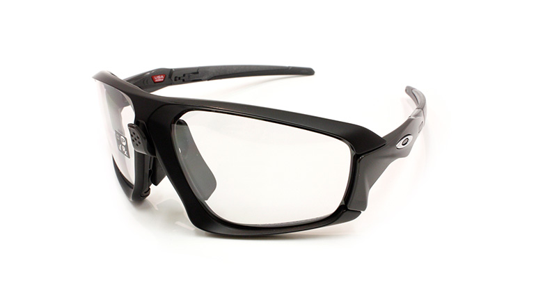 FIELD JACKET MatteBlack/Clear Black Iridium Photochromic(調光) OO9402-0664